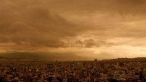 Επιστρέφει την Πέμπτη 14 Απριλίου η αφρικάνικη σκόνη – Οδηγίες