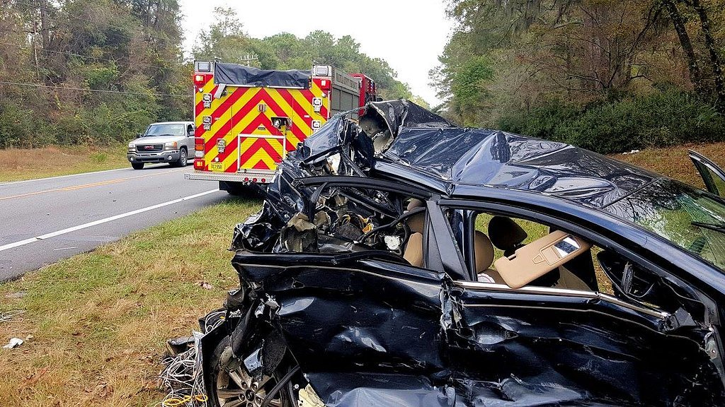Miracle-Car-Accident-Shows-Importance-Car-Seats_2