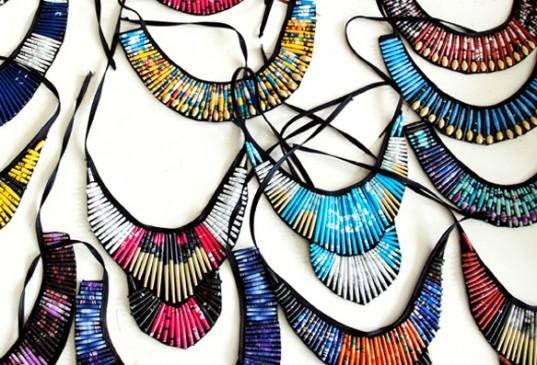 quazi-design-recycled-magazine-jewelry-6-537x365