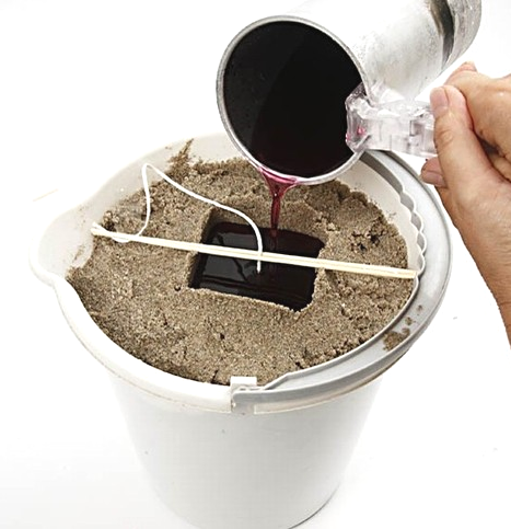 making-sand-candles