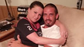 Παραιτήθηκε από τη δουλειά για να θηλάσει τον 36χρονο (;) σύντροφό της!