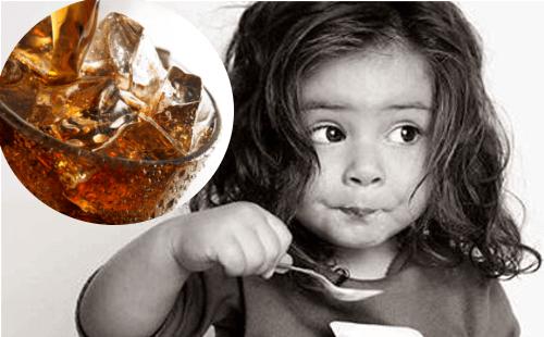 10 τοξίνες που βλάπτουν τα παιδιά