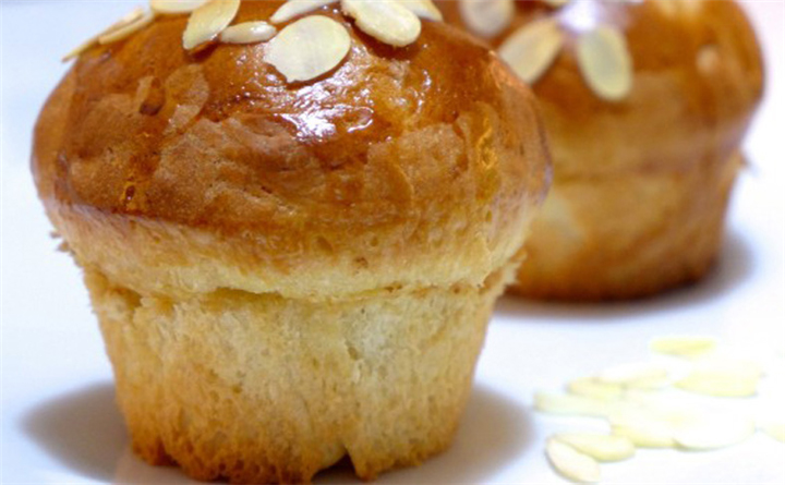 cupcake Τσουρέκι! Πεντανόστιμα