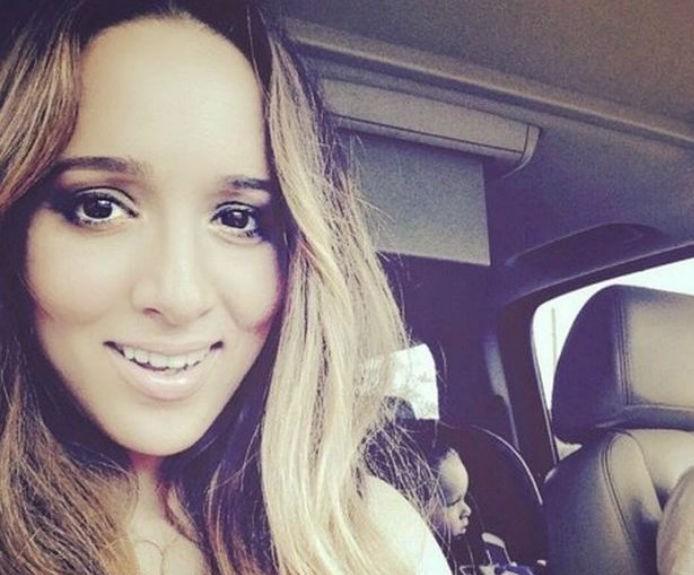 Η Καλομοίρα δημοσίευσε την πρώτη φωτογραφία της κόρης της!