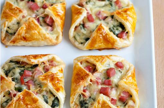 Φανταστικα πιτάκια με ζαμπόν, τυρί και σπανάκι