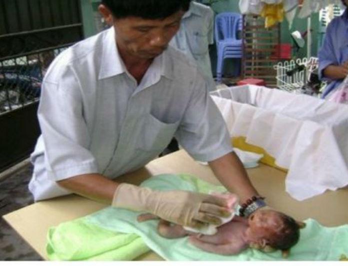 Σοκαριστική Εξομολόγηση: Για 15 χρόνια έθαβε μωρά από εκτρώσεις μέχρι που… (PHOTOS)