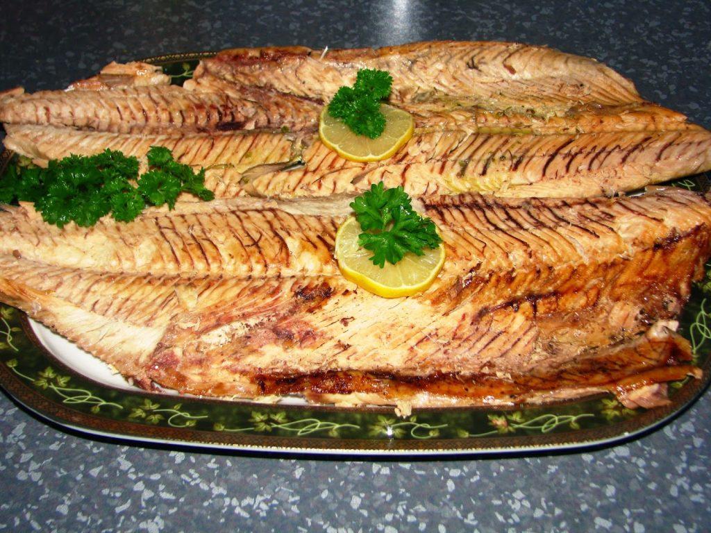 Ψάρι τυλιχτό στη λαδόκολλα