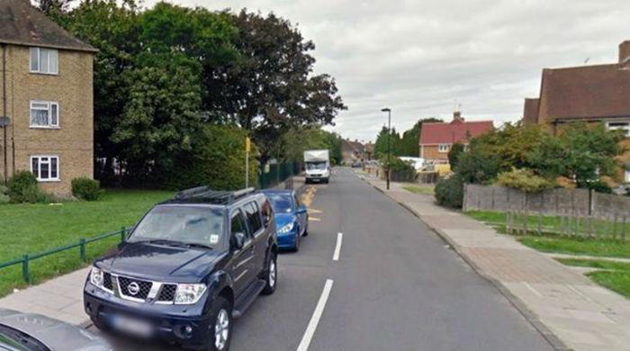 Νεαρός έκλεψε παρκαρισμένο αυτοκίνητο με δύο παιδιά!