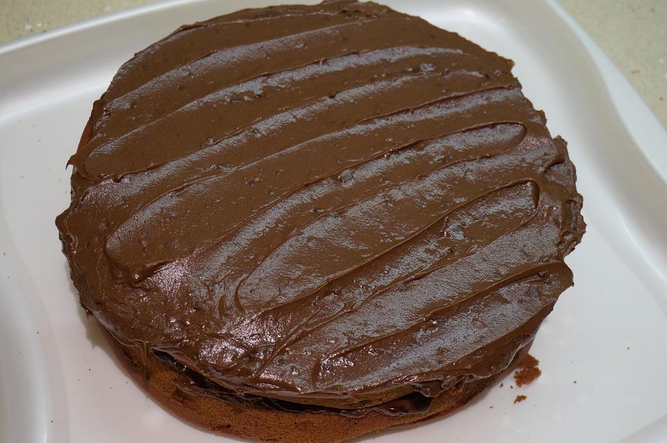 Σοκολατένιο κέικ χωρίς αλευρι και χωρίς ζάχαρη