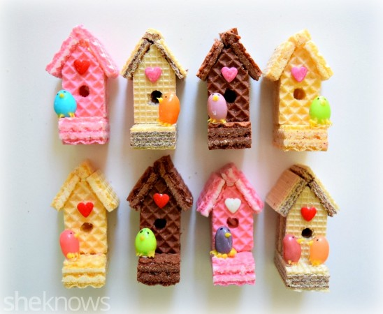 sugar_wafer_bird_house-548x450