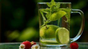 Το ποτό που συνιστούν οι γιατροί:Mειώνει την χοληστερίνη και καίει λίπος