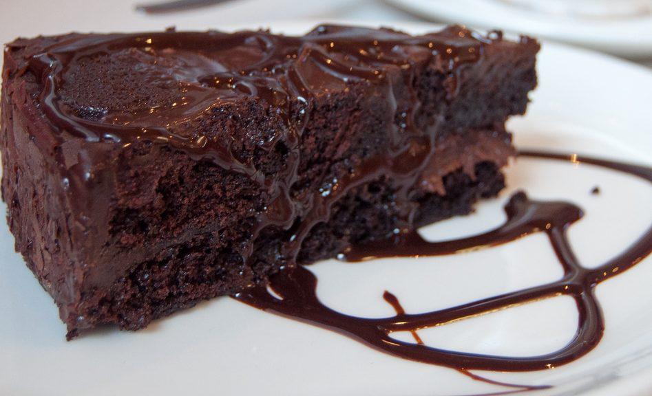 Σοκολατοπιτα της μαριας μωραιτη......(2 μοναδες χωρις περιορισμο)