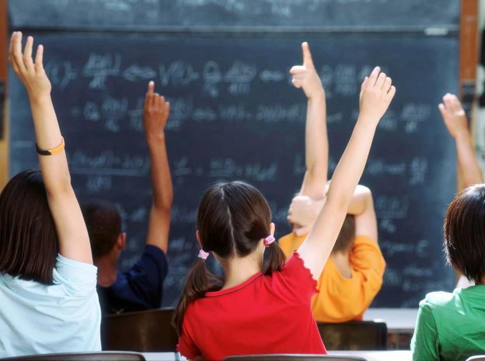 ΑΛΛΑΖΟΥΝ ΟΛΑ σε Δημοτικά και Γυμνάσια!Τι θα γίνει με ώρες διδασκαλίας και ολοήμερα σχολεία