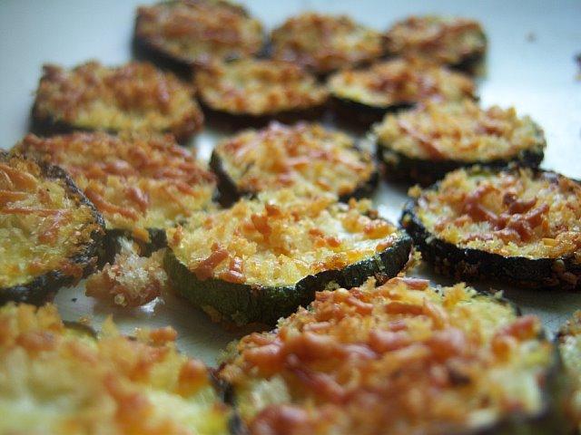 Τραγανά Κολοκυθάκια με Παρμεζάνα στο φούρνο