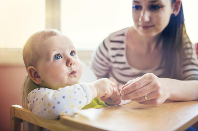 Τα μωρά καταλαβαίνουν πολλά περισσότερα την ώρα του γεύματος από οτι νομίζατε