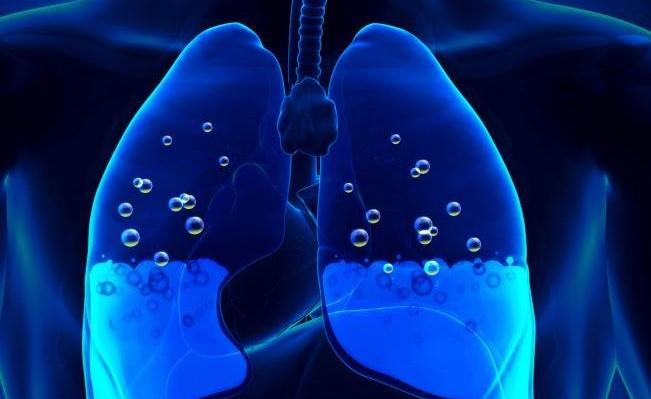 Αν νιώθετε αυτά έχετε συσσώρευση υγρού στον πνεύμονα!