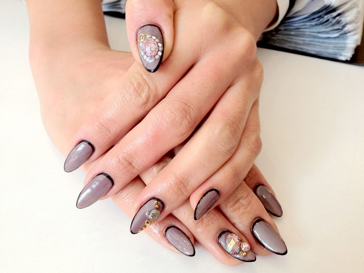 """Nail Contouring"""" is the New Hottest Trend Right Now for Faking Long ..."""