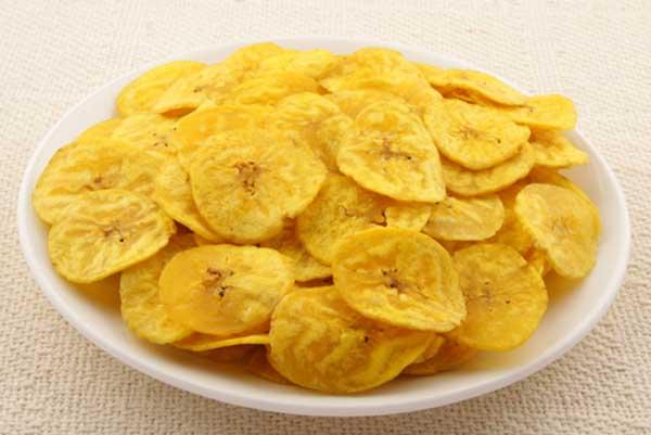 Ξέχνα τα ποπ κορν και δοκίμασε τα μπανάνα τσιπς