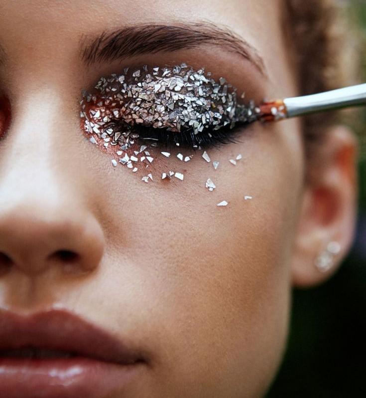 Πως να πετύχεις το απόλυτο μακιγιάζ με glitter