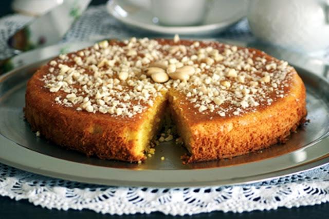 Zουμερό και πεντανόστιμο κέικ που αρέσει  σε μικρούς και μεγάλους.
