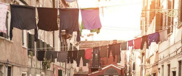 Τι κάνετε λάθος στο στέγνωμα των ρούχων (και πως αυτό απειλεί την υγεία ή ακόμη και τη ζωή σας)