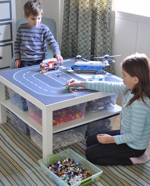 playing-legos-1