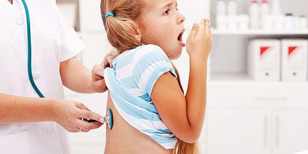 Τι μπορεί να σημαίνει ο χρόνιος βήχας του παιδιού σας;