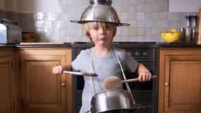 Θορυβώδη παιδιά: Πώς να χαμηλώσετε τα ντεσιμπέλ!