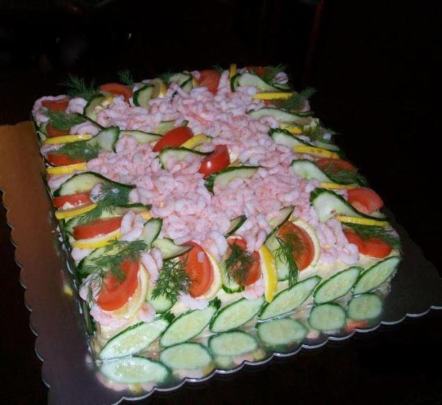Αλμυρή τούρτα για το μπουφέ μας