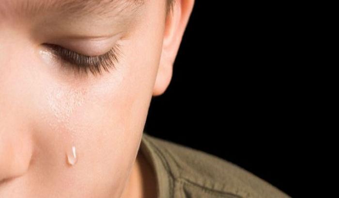 Τρίκαλα: Τον έπιασαν την ώρα που βίαζε τον 11χρονο. Ηταν λάθος, θα ακούω τη μαμά μου