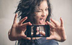 Κράξτε:Γνωριμία από το facebook κατέληξε να τους διαλύσει την οικογενειακή ηρεμία