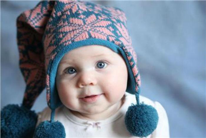 Πώς πρέπει να ντύνουμε τα παιδιά μας όταν έχει κρύο για να μην αρρωσταίνουν;