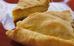 Τυρόπιτα με γέμιση σαν μπεσαμέλ