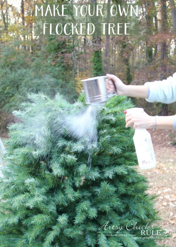 Χριστουγεννιάτικο Χιονισμένο δέντρο: