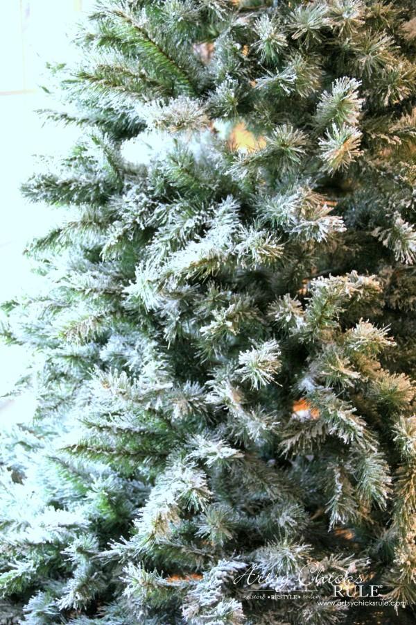 Χριστουγεννιάτικο Χιονισμένο δέντρο κατασκευή