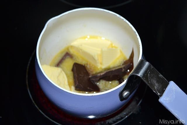 lachtarista-cupcake-me-gemisi-sokolatas2_