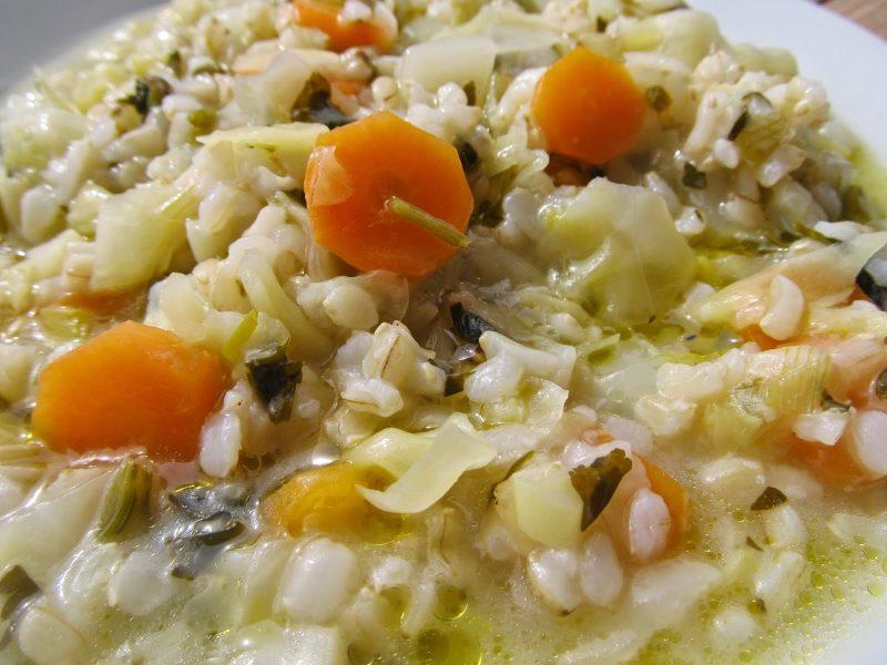 Λαχανόρυζο με καστανό ρύζι