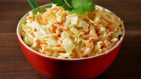 4 Συνταγες για λαχανοσαλάτα και όλα τα διατροφικά μυστικά για το λάχανο