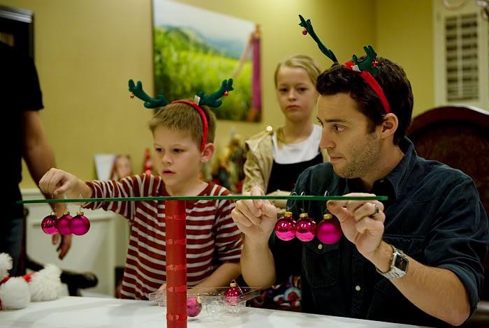 Γιορτινά παιχνίδια που μπορείτε να παίξετε με όλη την οικογένεια!