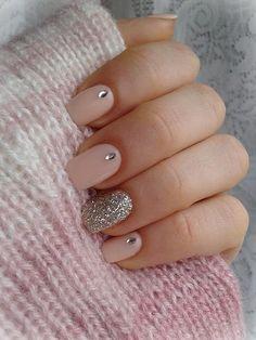 Απίστευτα ιδέες για γυναίκες που έχουν κοντά νύχια!