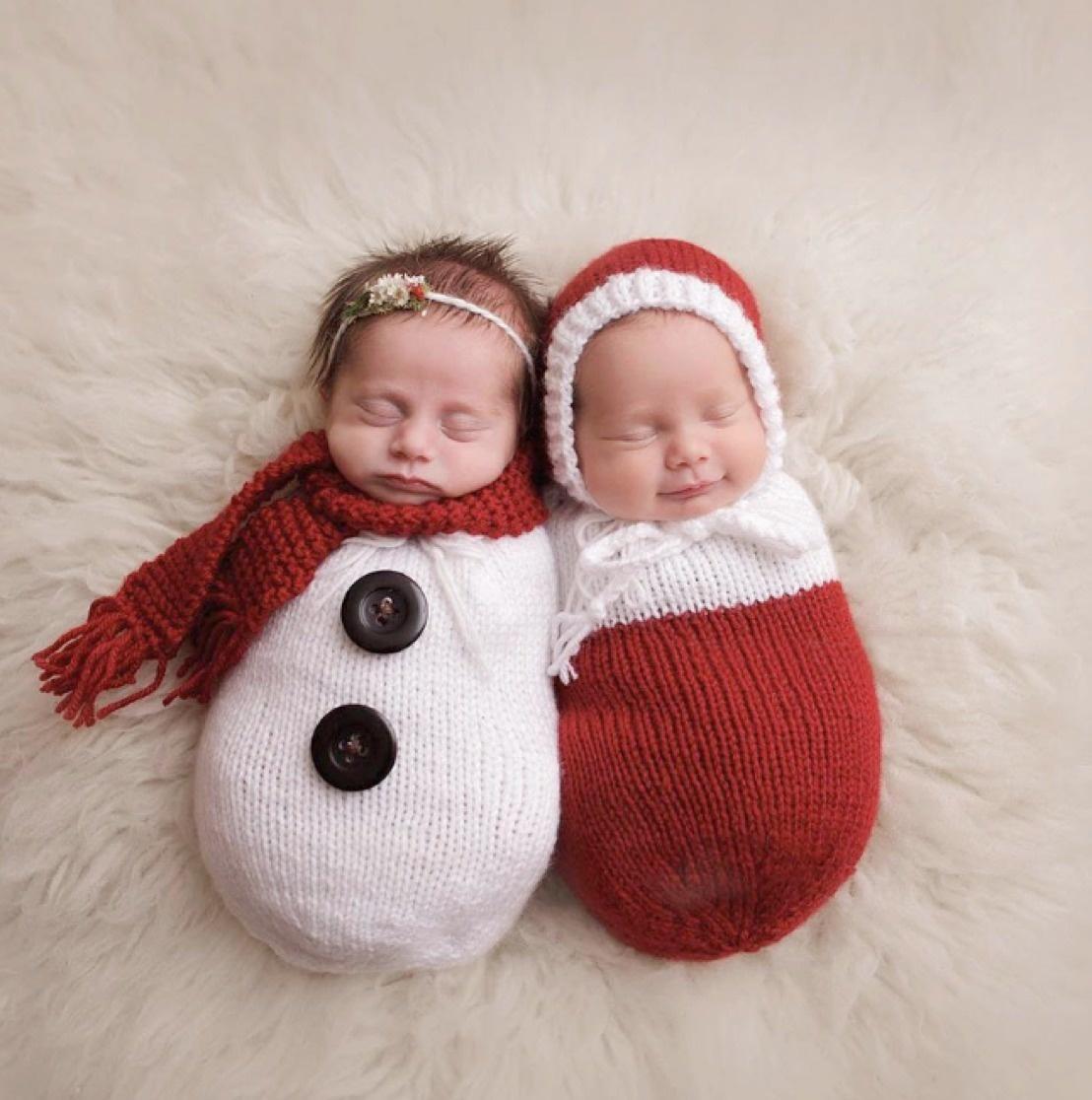 17 Χριστουγεννιάτικες φωτογραφίες νεογέννητων μωρών που θα σας ξετρελάνουν