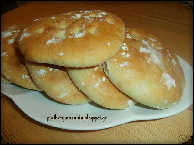 Ρουστικ ψωμάκια για sandwich