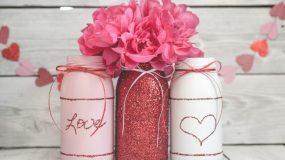 Απίστευτες χειροτεχνίες με γυαλινα βαζάκια για να εκφράσετε την αγάπη σας την ημέρα του Αγίου Βαλεντίνου