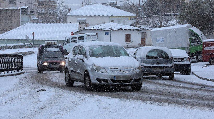 Έκτακτο δελτίο από την ΕΜΥ: Ο χιονιάς θα συνεχιστεί μέχρι την Πέμπτη