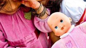 Σοκ με τα εγκαταλειμμένα κοριτσάκια  – Τι είπε η διοικήτρια του νοσοκομείου