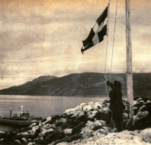 Η κυρά της Ρω:H ιστορία της γυναίκας που ύψωνε κάθε μέρα την ελληνική σημαία για πάρα πολλά χρόνια
