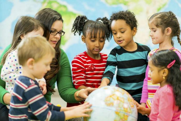Πώς να μιλήσετε στα παιδιά για τη διαφορετικότητα