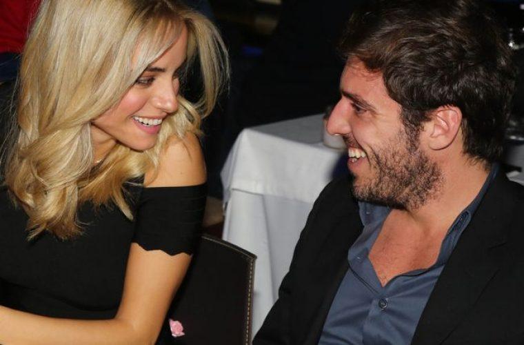 Δούκισσα Νομικού και Δημήτρης Θεοδωρίδης: Το εντυπωσιακό ηλεκτρονικό προσκλητήριο του γάμου τους!