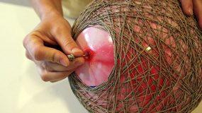 Παίρνει σπάγκο και φτιάχνει υπέροχα πασχαλινά καλαθάκια που θα σας κλέψουν την καρδιά!