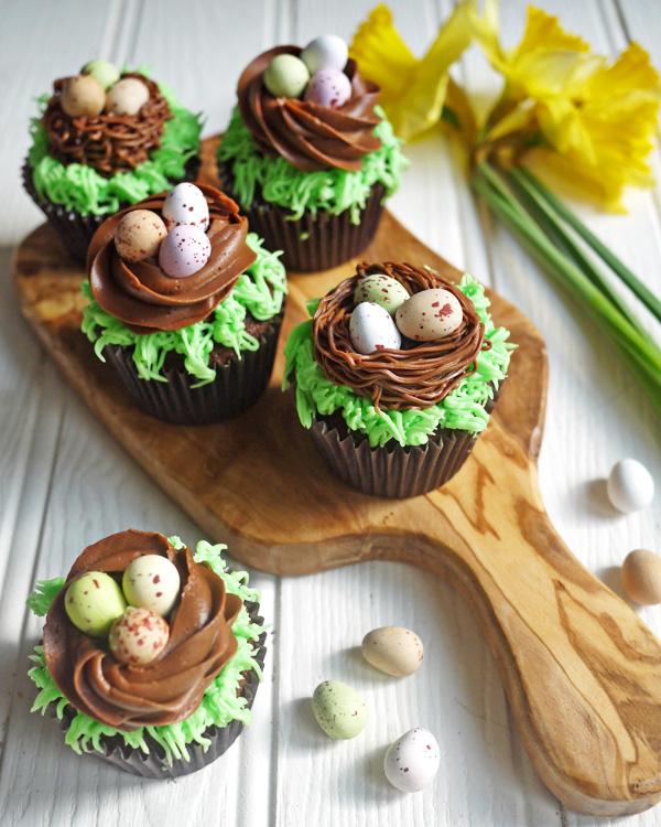 Σοκολατένιες πασχαλινές φωλιές cupcakes!